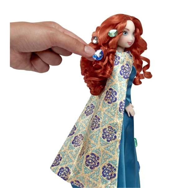 Mattel's Gem Styling Merida Doll, side view
