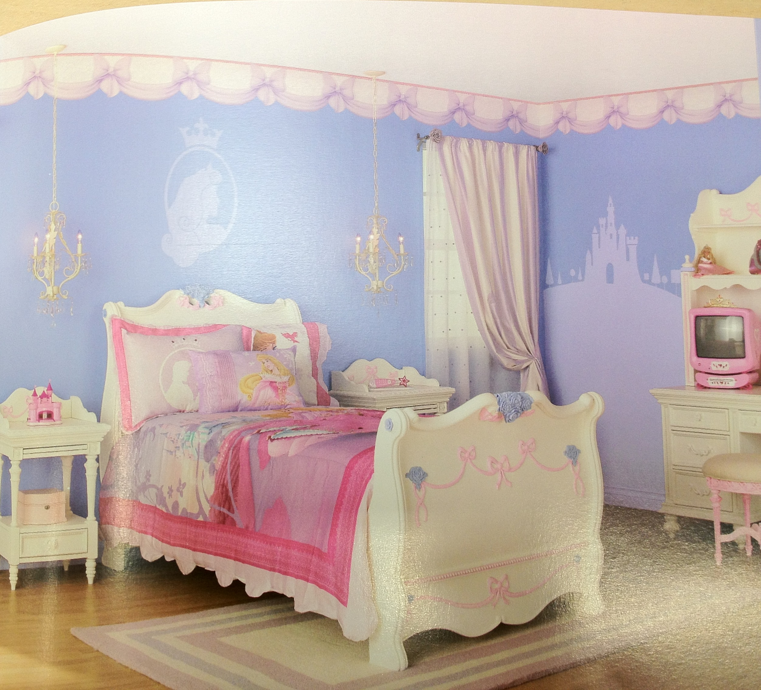 Lifestyle branding and the disney princess megabrand dr for Princess bedroom