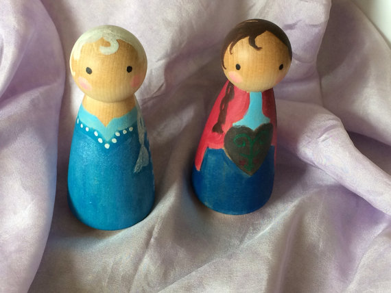 Frozen-inspired peg dolls by Summer Langille